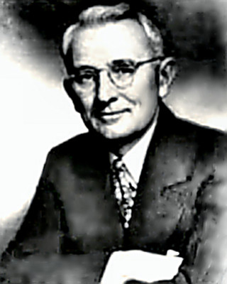 Author & Lecturer Dale Carnegie