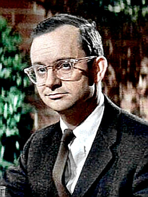 Actor Wally Cox as Mr. Peepers