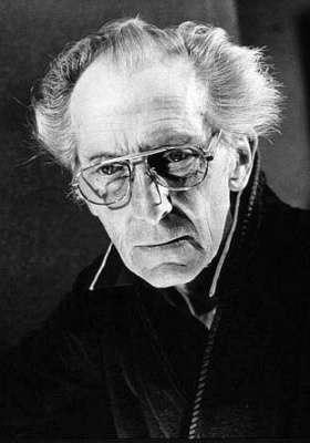 Actor Peter Cushing