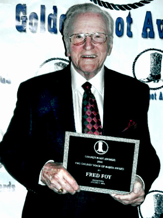 Announcer Fred Foy