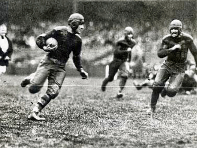 Red Grange - The Galloping Ghost