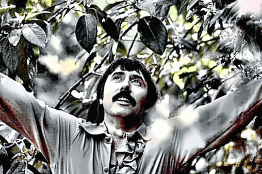 Singer Songwriter Lee Hazlewood