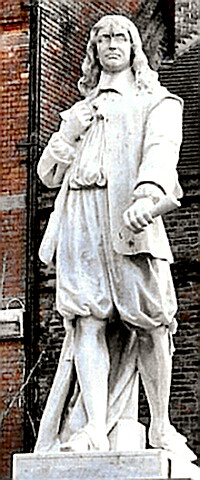 Statue of Poet Andrew Marvell