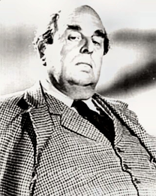 Actor Robert Morley