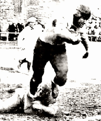 Bronko Nagurski leaves a would-be tackler in pain
