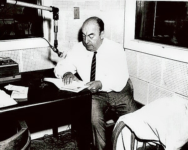 Pablo Neruda reading poetry on the radio