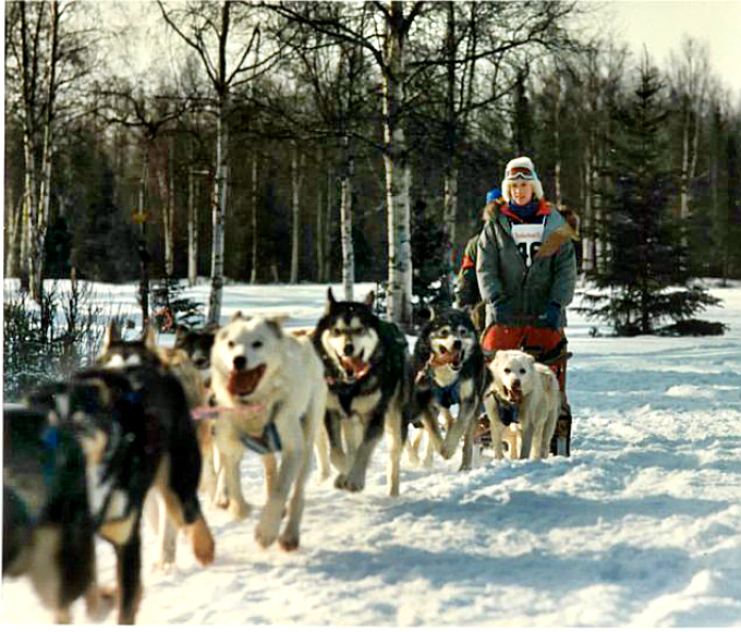 Libby Riddles Iditarod Huskies pulling sled