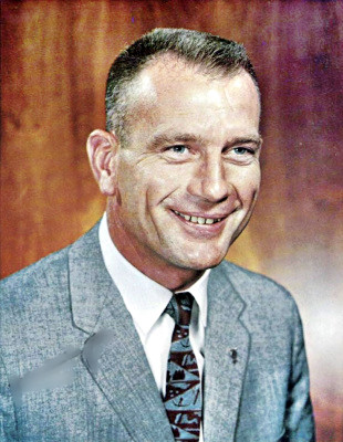 Mission Director Deke Slayton
