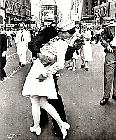 VJ-Day - The kiss in Times Square